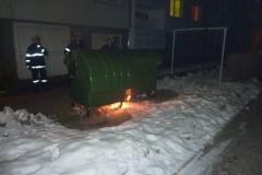 hasici-rumburk-pozar-kontejneru-3
